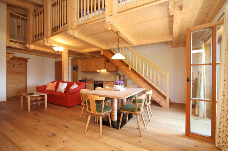 appartement kati. Black Bedroom Furniture Sets. Home Design Ideas